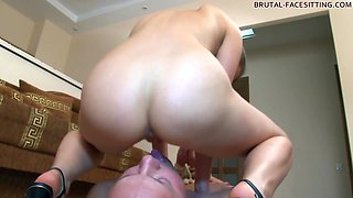 Brutal-FaceSitting Video: Holly
