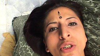 Threesome Hardcore Indian Fucking Mature Slut Pussy Nailed