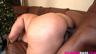 Busty Latina MILF (Busty 38K Latina BBW-All She Want Is A BBC 4 Christmas) 1080p