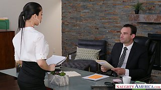 Horny boss can't resist fucking jaw dropping Asian secretary Jade Kush