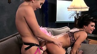 Glam smoking les getting her asshole strapon fucked