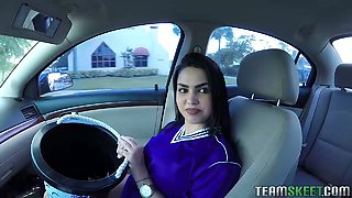 Chubby soccer player Ada S pleases a hot guy in his car