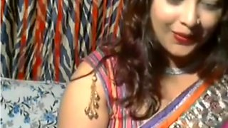 Horny Desi Aunt on Webcam - Lina Sarkar
