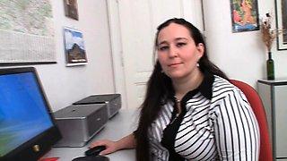 Big belly office plumper seduces client