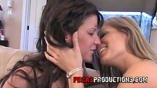 Canadian lesbian Kimberly and her girlfriend are testing double ended dildo toy