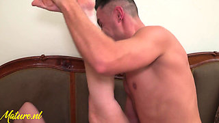 1080p Mature MILF Gets Creampied And Squirts All Over The Kitchen Counter