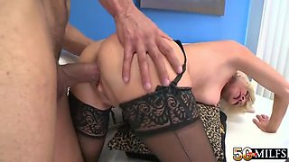 Granny Has Sex In Stockings