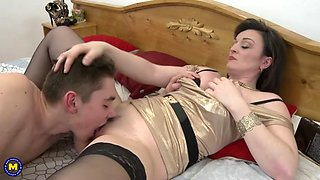 Mother cums in son s bedroom