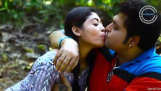 Lovers have outdoor sex in forest – full video