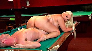 Curvy blonde slut fucked on the pool table so well