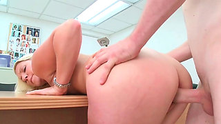Juicy blonde Ashley shows off her perfect ass and pussy