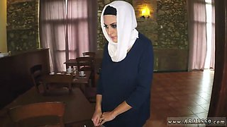 Arab cam show and muslim father patron partners daughter xxx I give her food and get