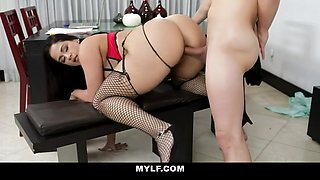Miss Raquel In Student Is Crazy About His Mature Piano Teacher