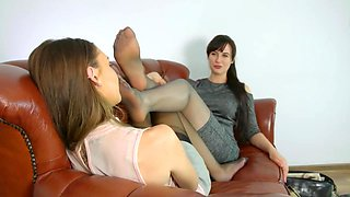 Lesbian Feet Sniff Pantyhose