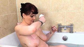 Christina X Takes a bath