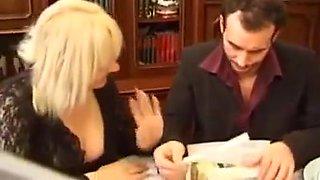 Franzoesin blond fickschweinchen squirt