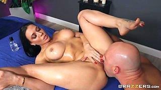 Rachel Starr & JMac in A Five Starr Massage - BRAZZERS