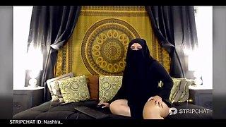 Curvy Arab Chick Nashira&#39s Huge Ass