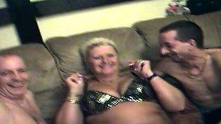 Fat swinging amateur granny