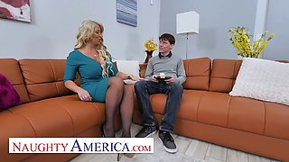 Naughty America Alura &#39TNT&#39 Jenson is in the mood for cock
