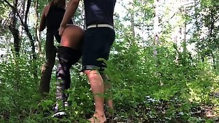 Wild amateur teen enjoying hardcore anal sex in the woods