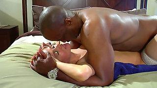 Slutty Cuckold wife interracial Breeding Session
