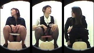 Amateur Asian schoolgirls going to the toilet on hidden cam